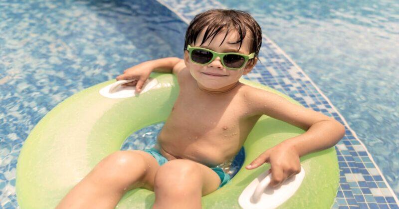 El parque acuático AquaMijas, situado en Málaga, estrena nueva página web, te presenta las mejores atracciones para disfrutar con o sin flotador